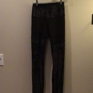 The North Face Flash Dry Leggings